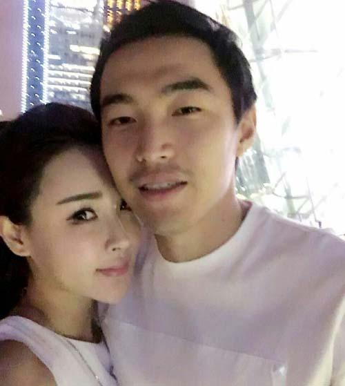 冯潇霆老婆赵盈家庭背景揭秘 山东临沂人曾就职央视