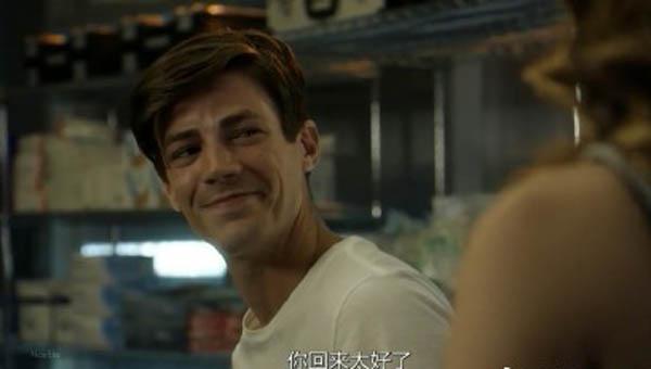 闪电侠第四季凯特琳喜欢巴里吗 女主下线冰霜女有望上位