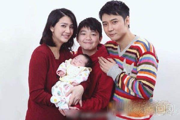 张丹峰前妻是谁 前任系谣言洪欣为第一任老婆