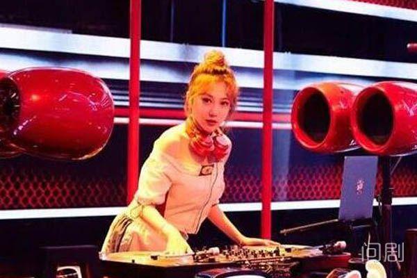 中国新说唱的DJ是谁 颜值实力并存的李奕可了解一下