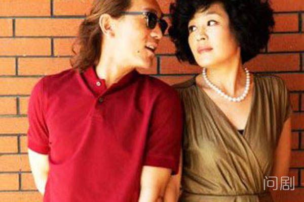 李咏女儿多大了 两人结婚十年后才要孩子
