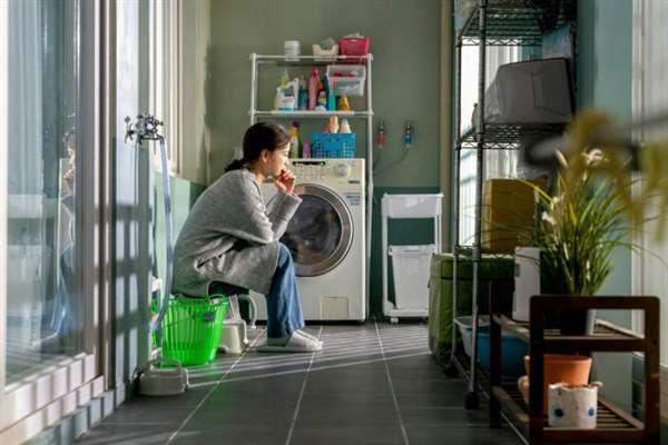 《82年生的金智英》:当代女性的困境与烦恼