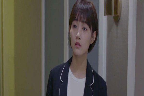 《完美关系》饰演金牌小助理是谁?叫什么名字